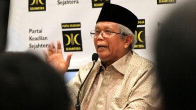 Photo of Mantan Ketua Majelis Syuro PKS Meninggal Dunia, Dimakamkan Gunakan Protokol Covid-19