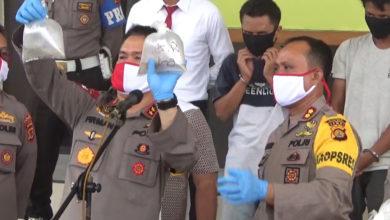 Photo of Penyelundup Benih Lobster Rp 14 Milyar Ditangkap Tim Petir Polres Tanjabbar