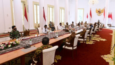 Photo of Temui Jokowi, Para Purnawirawan Jenderal Minta Pancasila Tidak Diotak-Atik