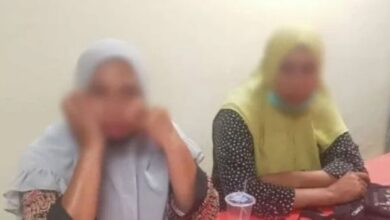 Photo of Emak-Emak Nekat Curi Celana Dalam Di Supermarket, Pelaku: Jangan Di Rekam, Nanti Anak Saya Liat