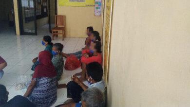 Photo of Kelompok Diduga Beraliran Sesat Diamankan, Adatnya Aneh
